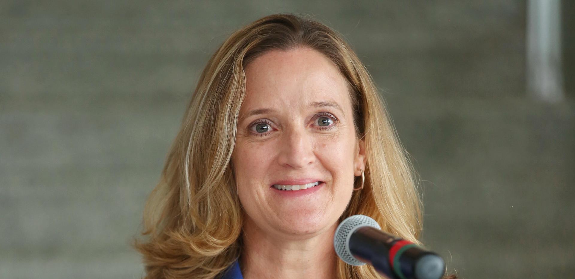 Dr. Patricia Hendren