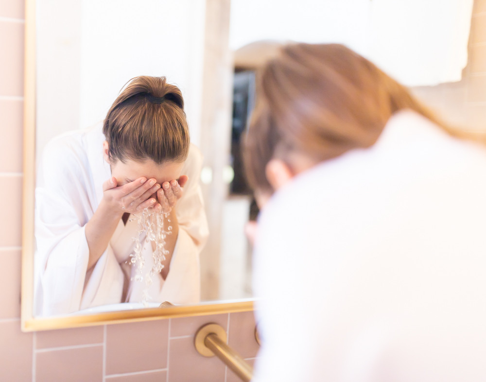 Avoid These 10 Skincare Mistakes