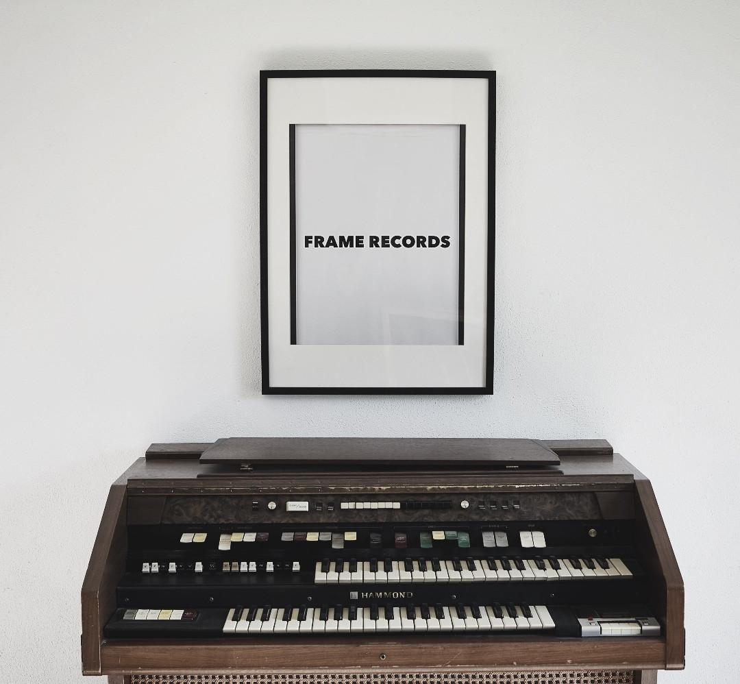 Daniel Stadler_frame records_studio2