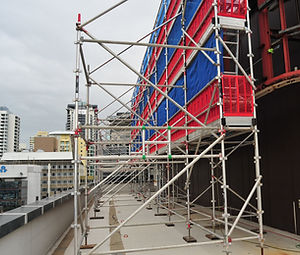 Scaffold on top of building