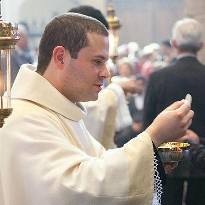 Fr. Geraldo (2)_edited.jpg