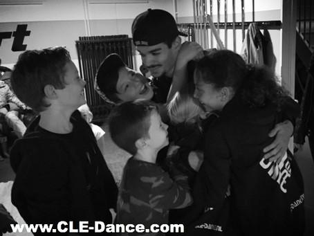 Verassing!!! Meester Salvatore kwam een vette dansworkshop geven...