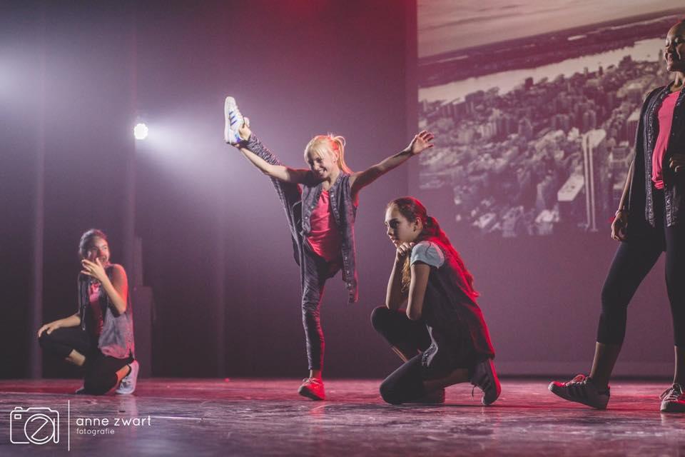 C.L.E CREW Theatershow 2016