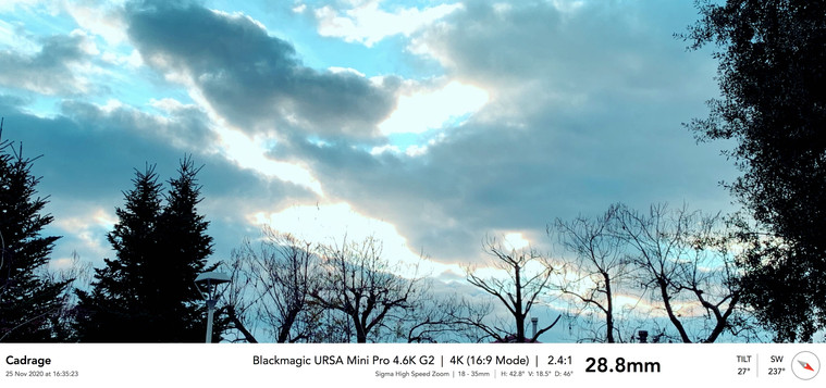 4'33''_Ext_11__camina_por_la_calle_1 10.