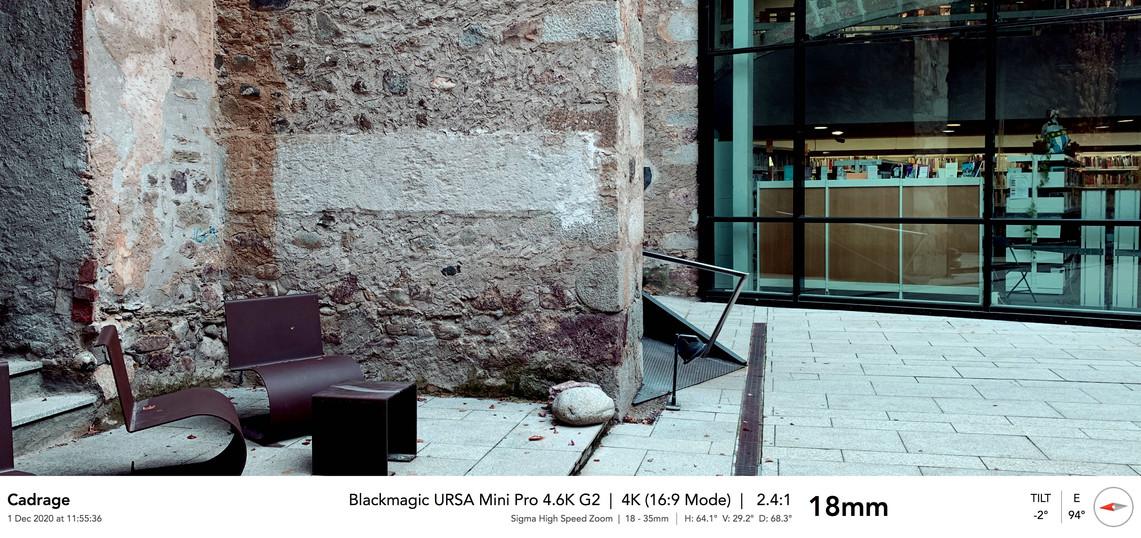 4'33''_Ext_11__camina_por_la_calle_1 14.