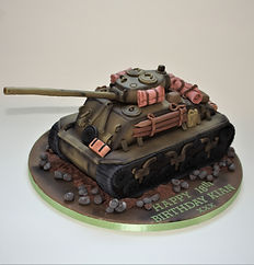 Fury tank birthday caek  (1).JPG