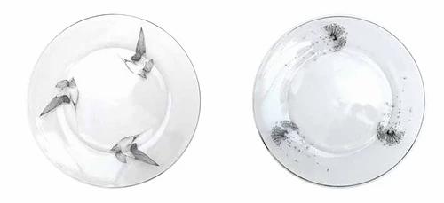 Assiette plate gravée en verre