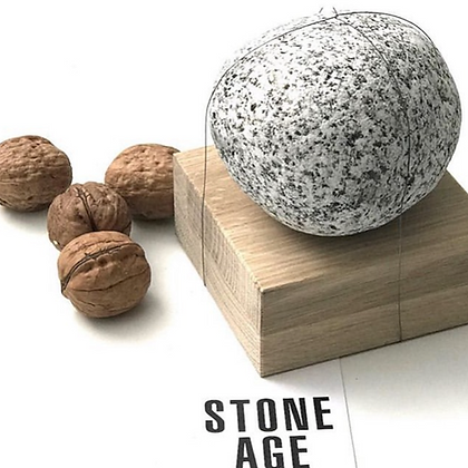 Casse-noix Stone Age