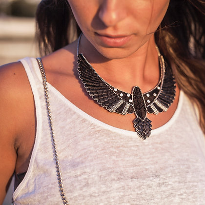 GRAND COLLIER BRODE
