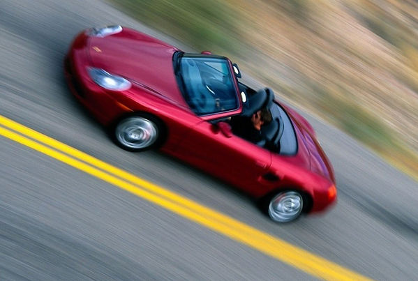 Découverte des corniches en Roadster Porsche