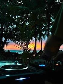 SUNSET BEACH DJ.jpg