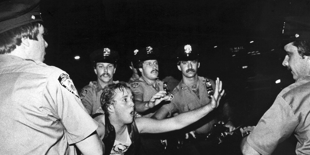 Stonewall-article-teaser.jpg