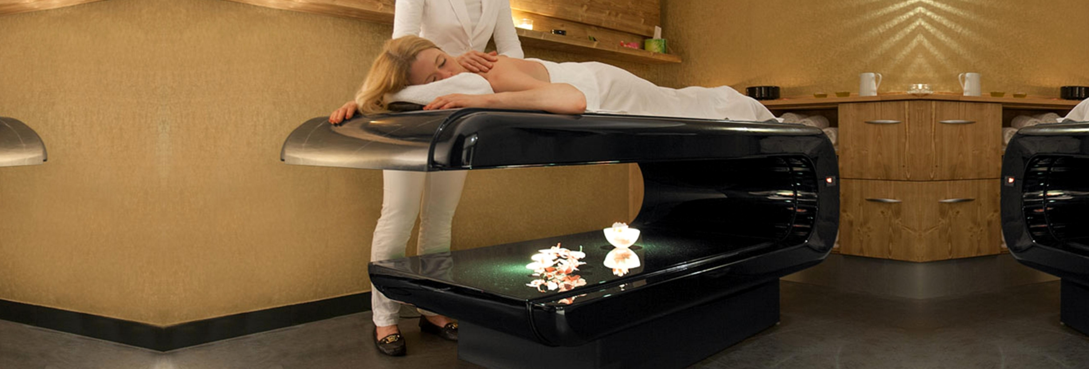 INFRARED HEATED TREATMENT TABLE