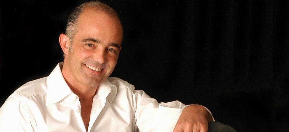 Fabio Alemanno: Tradición Italiana de Diseño para Spas y Interiores. Chaise Longue de Diseño, Tumbonas de Diseño, Mesas de masaje húmedos, Tumbonas Termicas.