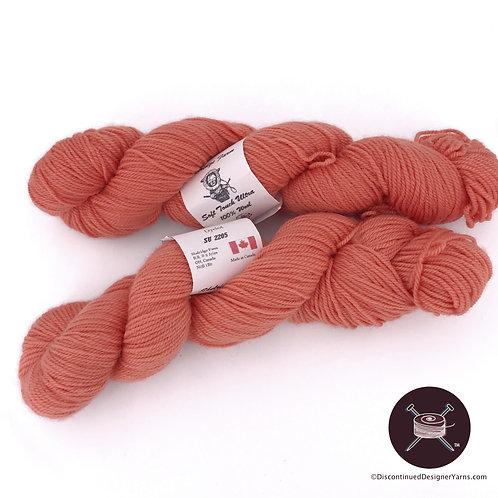 Fingering Weight wool yarn Apricot shade