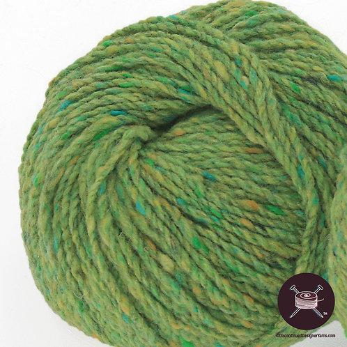spring green lambswool tweed yarn