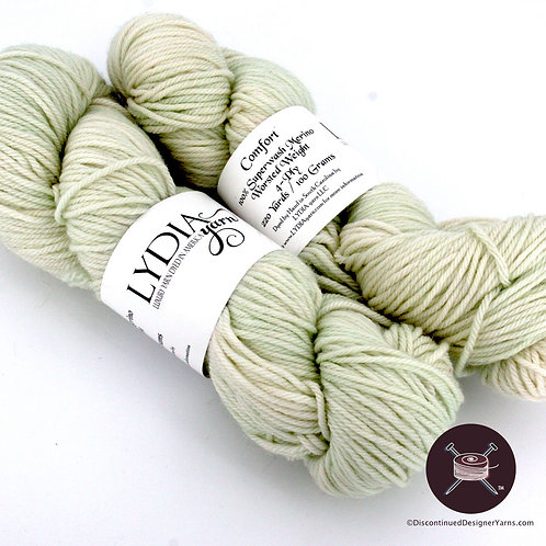 Superwash merino worsted weight wool yarn, celadon green