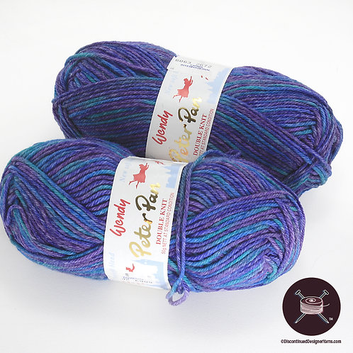 blue-purple soft machine washable yarn
