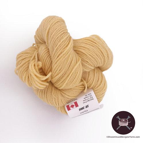 Straw fingering weight wool yarn