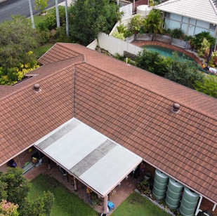 Ferny Hills Roof Before Image