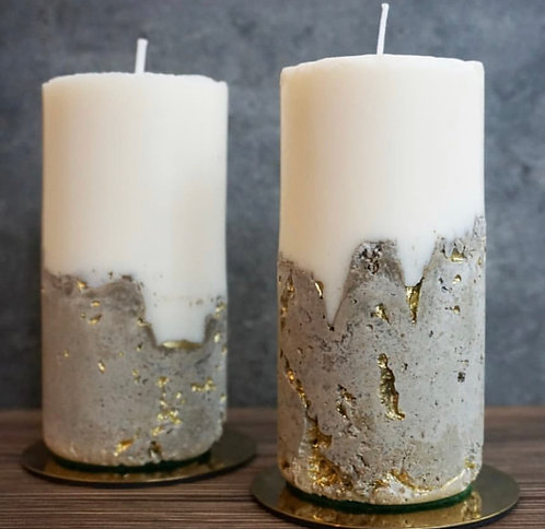 Coinneal Candle