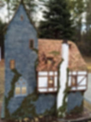 tudor-dollhouse-E&T.jpg