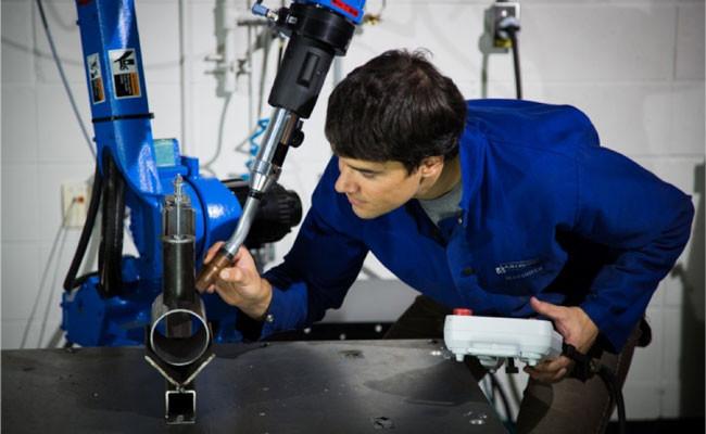 programación soldadura robótica