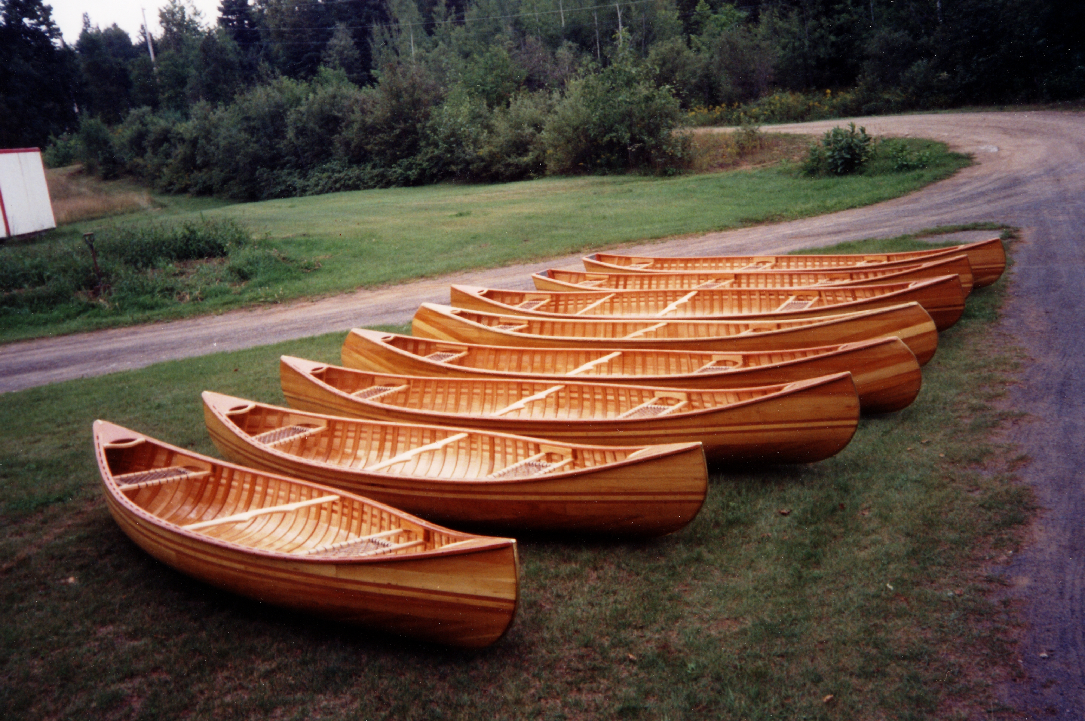 Differents canoes
