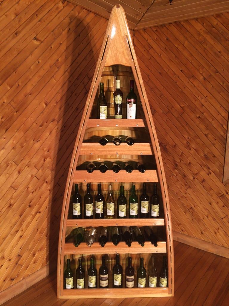 Canot étagère à vin