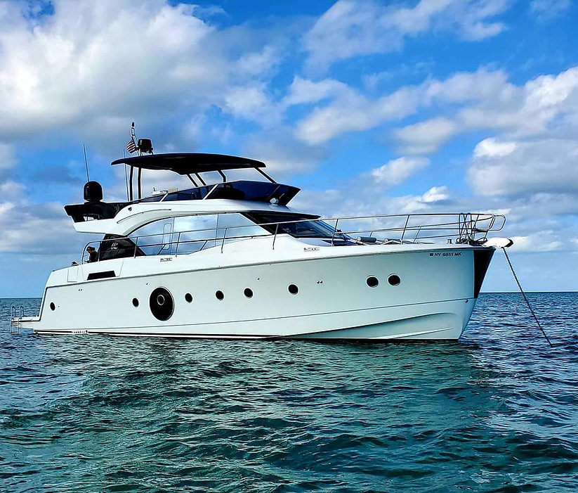 yacht website .jpg