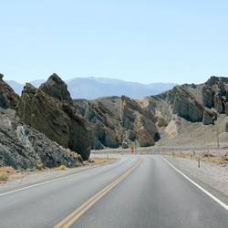 Never got to posting all my nevada pics.jpg Empty roads in Death Valley