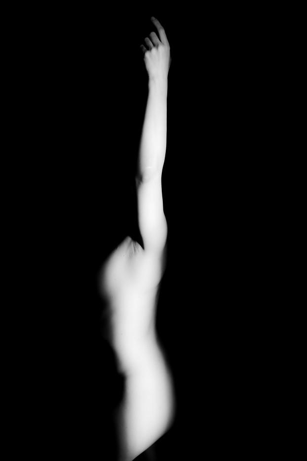 taglio di luce nudoclelia-4.jpg