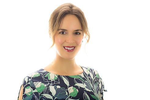 Amanda Professional headshot.jpg