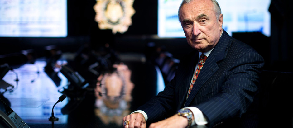 Bratton, Who Shaped an Era in Policing, Tries to Navigate a Racial Divide
