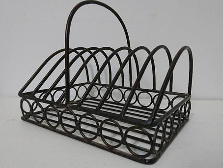 鉄製のナプキン・ホルダー