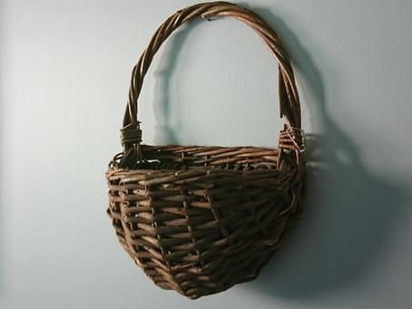 籐の籠(Cane basket)