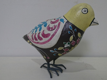 木製の鳥の置物