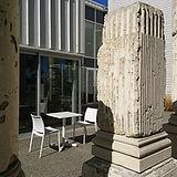 Pillars Cafe01