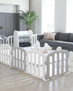 1st_w_g_livingroom.jpg