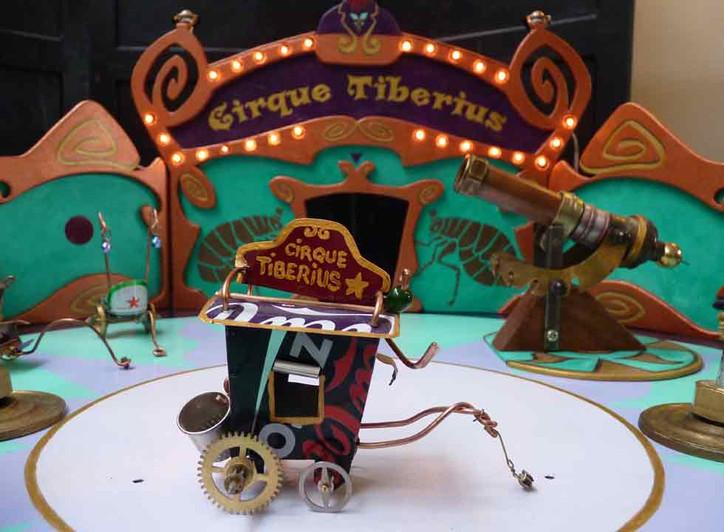 cirque-puces-tiberius-web.jpg