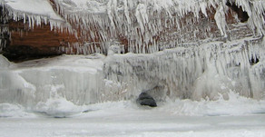 Article - Apostle Islands Ice Caves