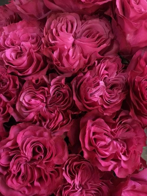 Exclusive Pink Heart Rose Dozen