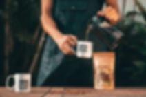 banner-home-hands-cafe-barista.jpg
