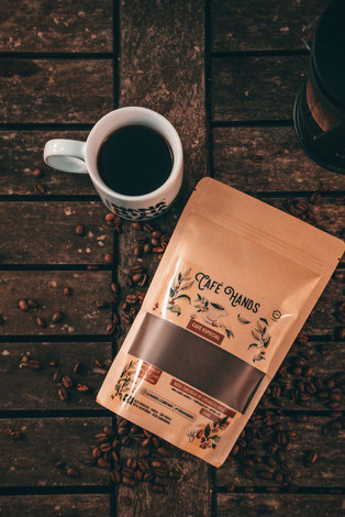 cafe hands especial 2.jpg