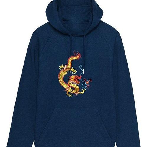 Бродиран златен дракон  върху суитшърт с качулка унисекс