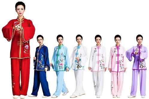 Елегантен дамски екип за Тайдзи на цветя