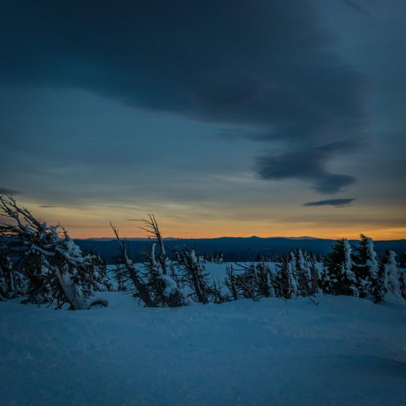 Tumalo_Sunset_MountainLightAshtanga