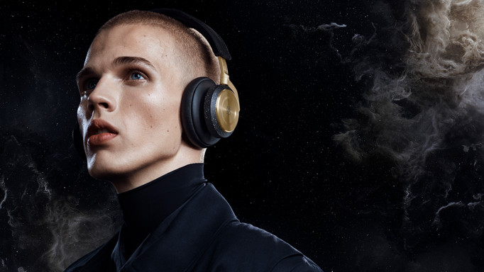 BEOPLAY_NEBULA29270_Composit_wide_FINAL