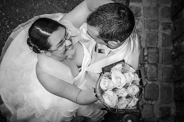 photographe mariage Adeline et Thomas  Angers stéphane Guibert - photos de couples en noir et blanc