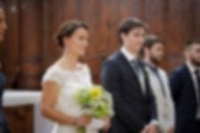 Mariage de Lucile et Fabien, Montreuil Bellay, Stéphane Guibert photographie Angers, les mariés à l'église